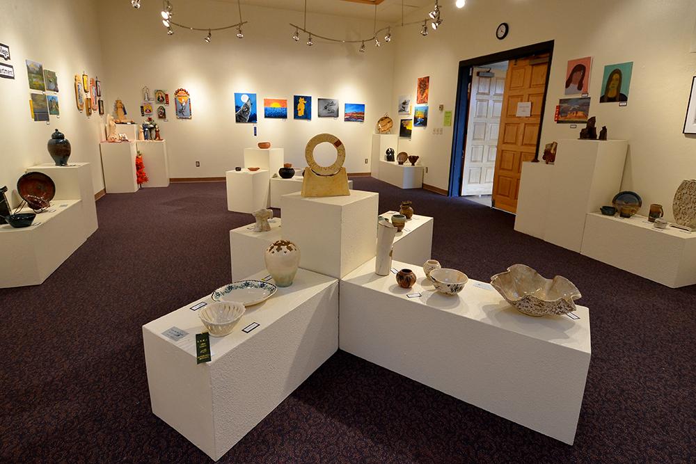 The Fine Arts Showcase - Radiola